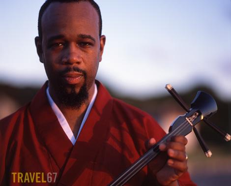 Byron Jones - Sanshin Virtuoso