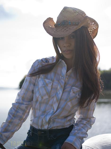 Cotton - Horseback (2)