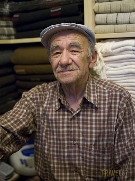 Istanbul's Grand Bazaar - The Blanket Merchant