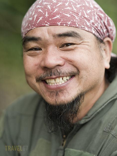 Shisa Maker Haru Toshi ( Pentax 645 FA 150mm )