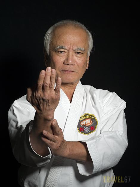 Hanshi 10th dan Toshimitsu Arakaki