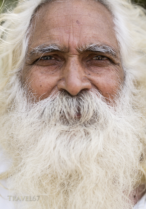 Big Beard - Life on the banks of the Ganges River - Varanasi, India