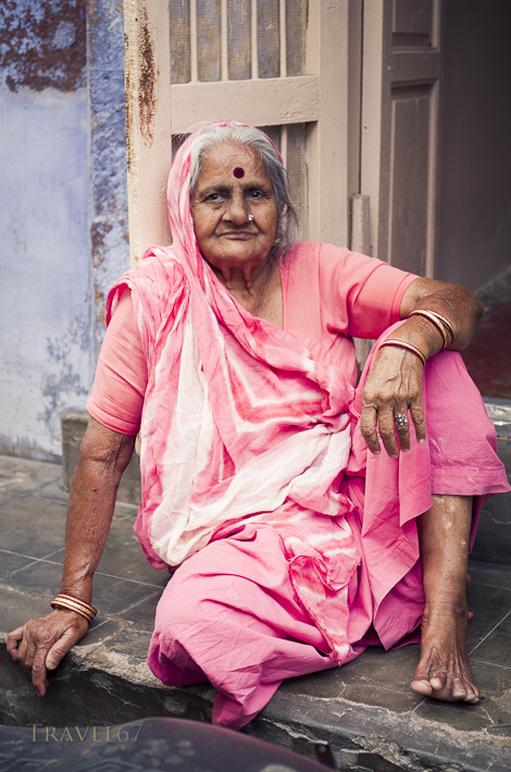 Lady in Pink - Jodhpur, Rajashtan, India