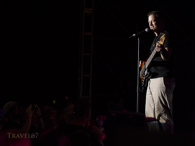 Gary Sinise and the Lt. Dan Band perfom for the US troops on Marine Corps Air Station Futenma in Okinawa. Organized by the USO.