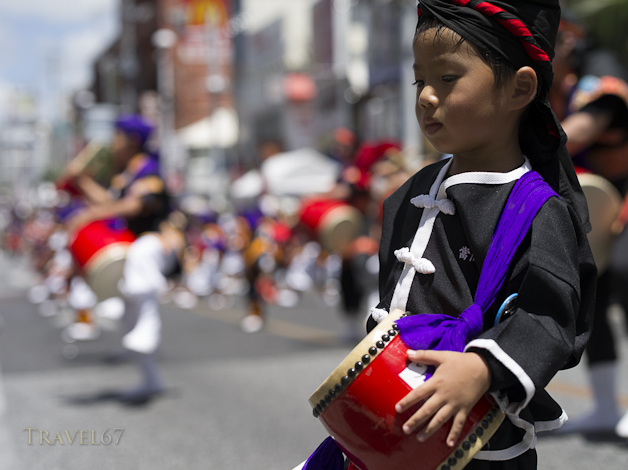 10,000 Person Eisa - Kokusai Street, Naha, Okinawa