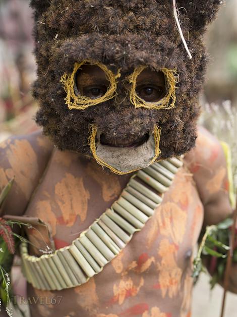 Noworya Singsing Group, Wonenara, Eastern Highlands Province - Goroka Show, Papua New Guinea