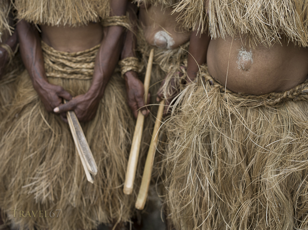Mefenga Singsing Group, Daulo District, Eastern Highlands Province - Goroka Show, Papua New Guinea