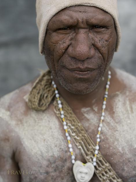 Asaro Mudmen Singsing Group, Daulo District, Eastern Highlands Province - Goroka Show Papua New Guinea
