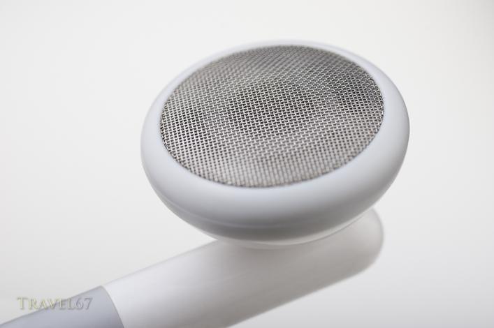 Apple earbuds 1st gen iconic white earphones