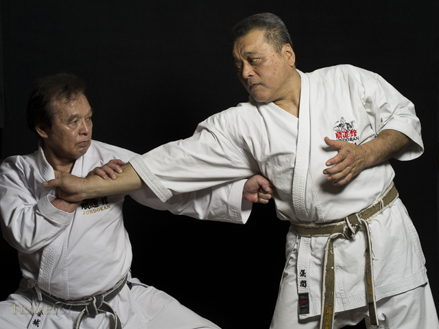 Tsuneo Kinjo 9th Dan & Tetsu Gima 9th Dan Okinawa Goju-ryu Karate - Jundokan