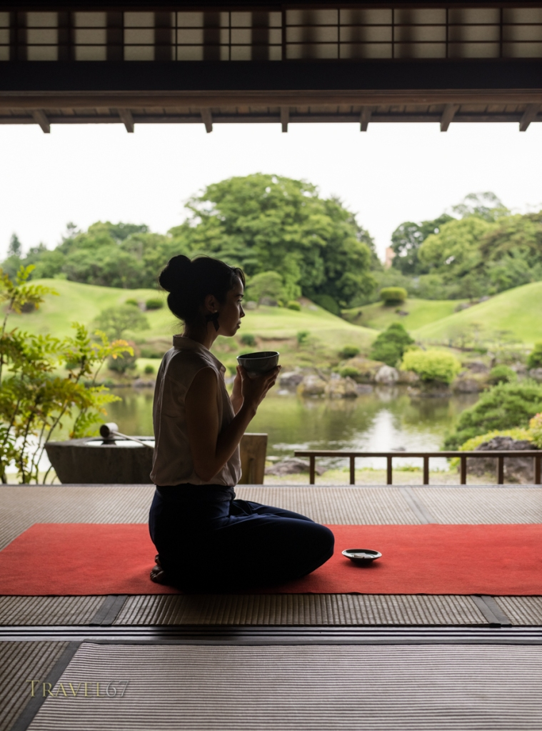 Kokin-Denju-no-Ma teahouse, Suizenji Jojuen Park, Kumamoto City