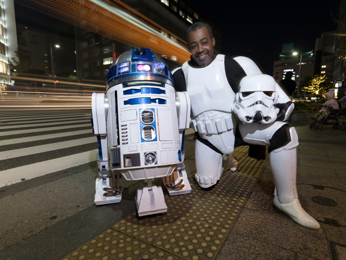 Richard Napier (48) American living in Fukuoka, Japan spent 4 years and US$34,000 to build a working R2-D2 called R2-J1.