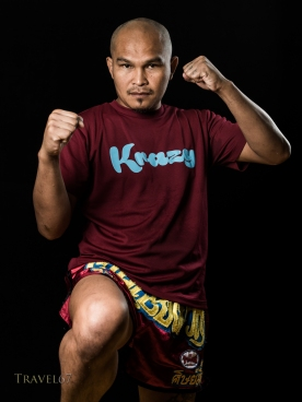 Aw Ratchayothin Sangmorakot at Krazy Bee Gym, Itoman City, Okinawa, Japan
